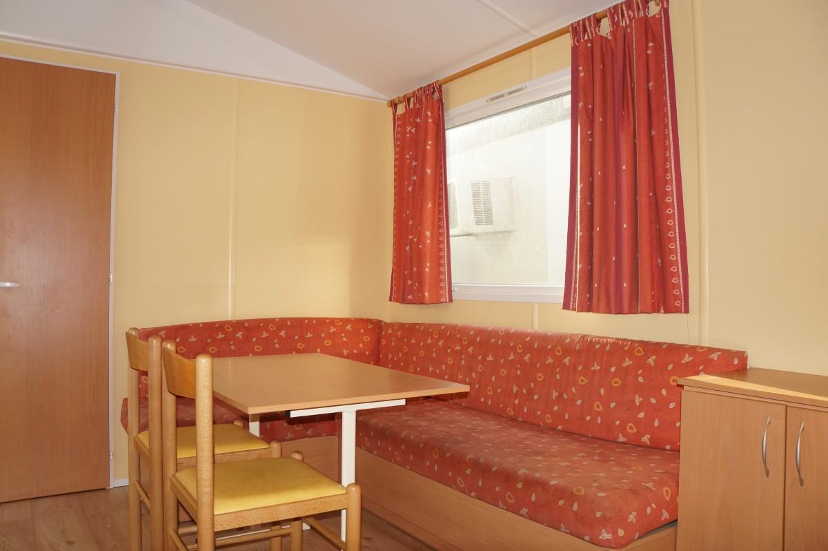 a vendre mobil home occasion irm titania 2003. Black Bedroom Furniture Sets. Home Design Ideas