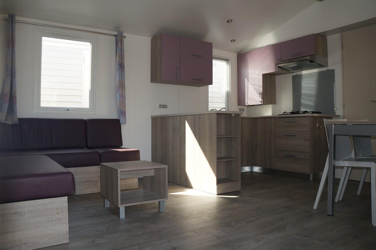 A vendre mobil home neuf irm super selenia standard 2013 for Decoration interieur de mobil home