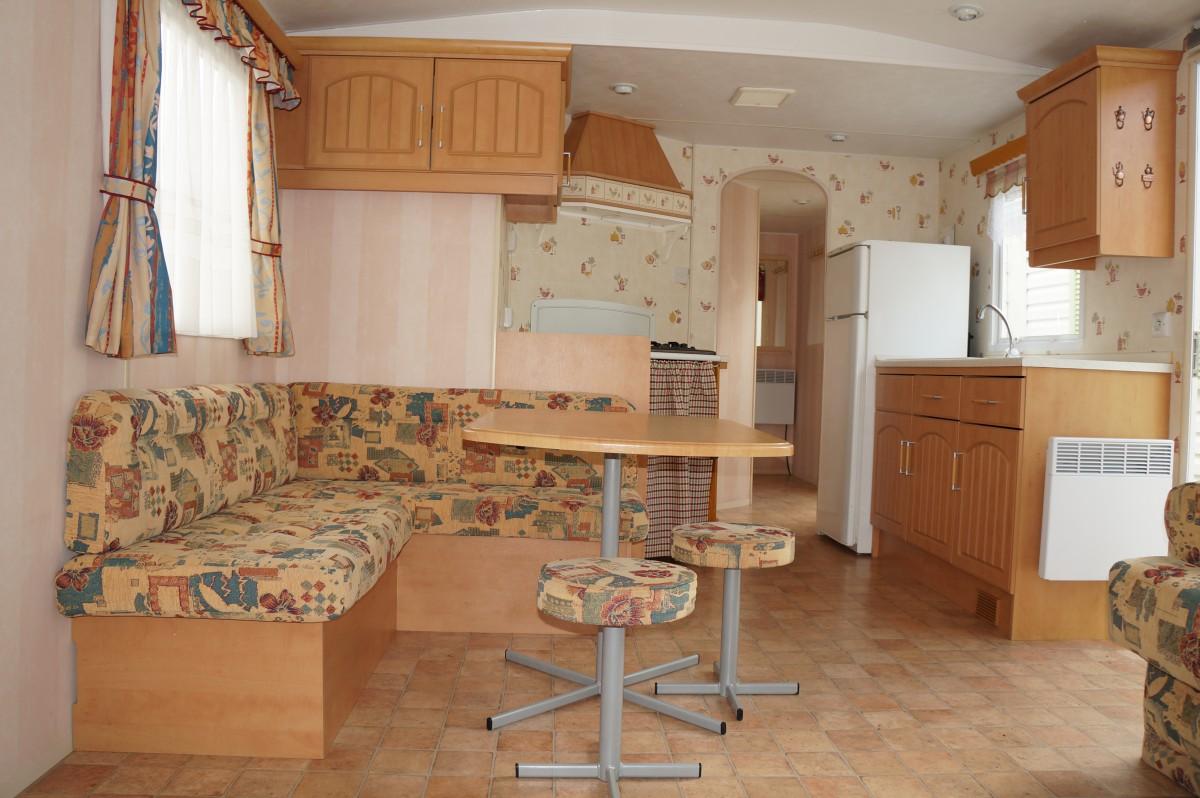 coin repas cuisine banquette angle facile sur loeil banquette bois cuisine banc de cuisine en. Black Bedroom Furniture Sets. Home Design Ideas