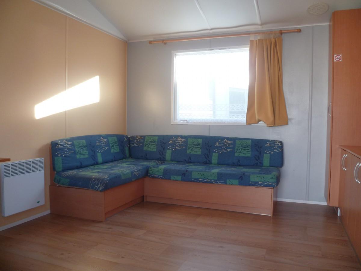 a vendre mobil home occasion irm super mercure standard 2003. Black Bedroom Furniture Sets. Home Design Ideas